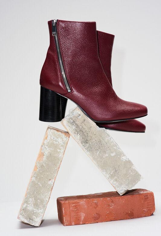 AVRILH19 : Schuhe farbe NOIR