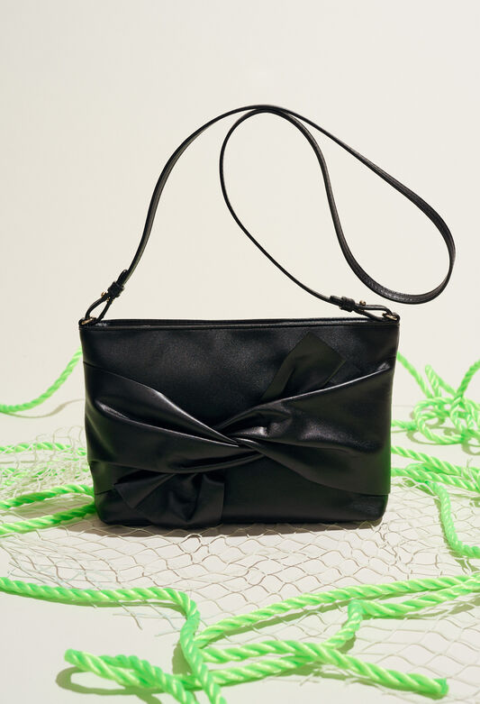 ALIX POUCH : Spring Sale color Black