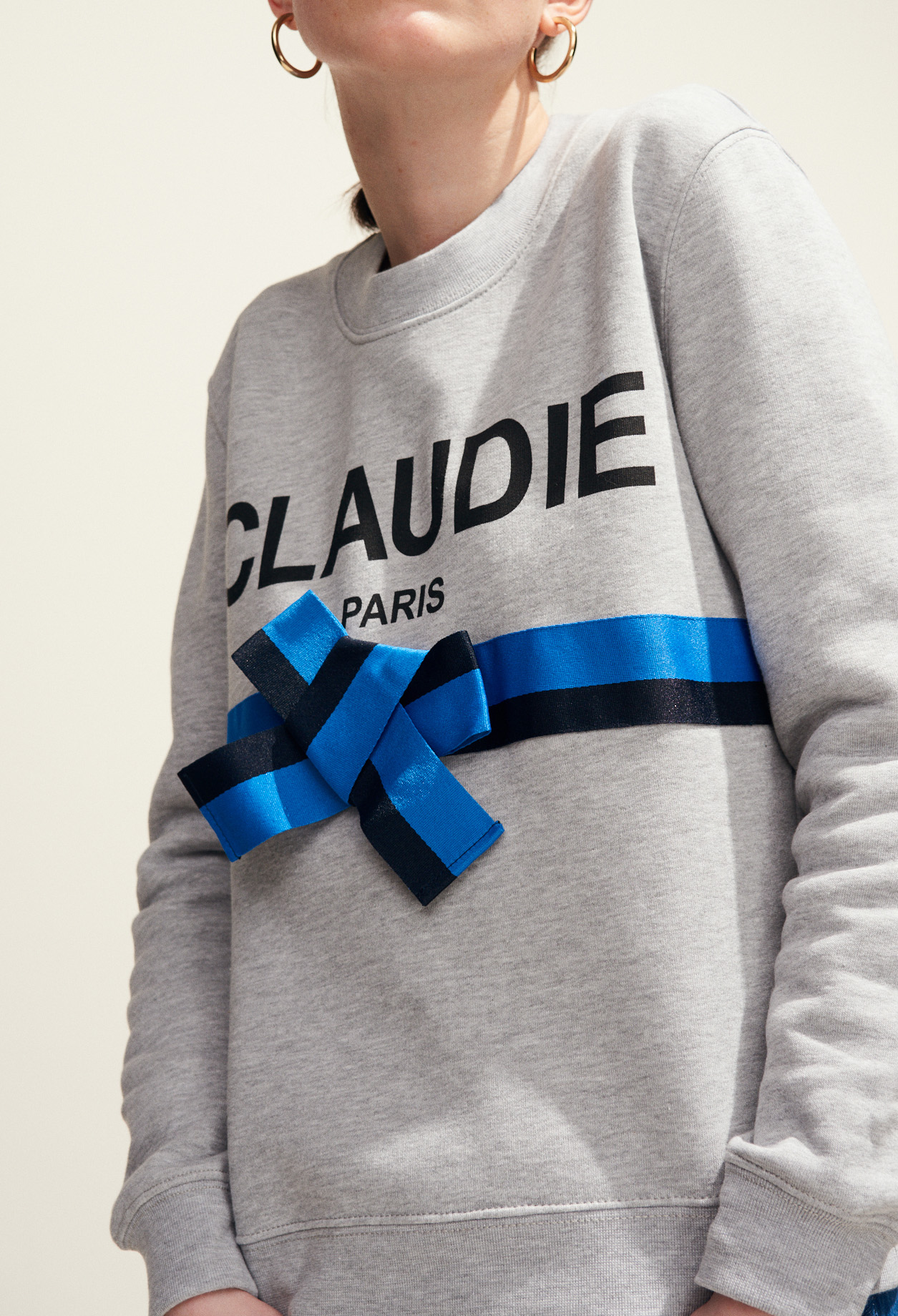Claudie sweatshirt with bow